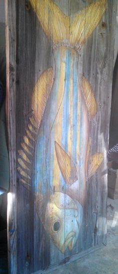 I love this fish sign from a Tuscaloosa restaurant that I nabbed recently. It will become a focal point in the decor of our farmhouse, Hand in Glove at Lake Logan Martin! Painting On Wood, Painting & Drawing, Wood Fish, Fish Crafts, Pallet Art, Pallet Ideas, Nautical Art, Driftwood Art, Fish Art