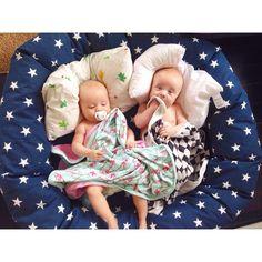 Myspöl, Marin stjärna, kollektion: New England (NG Baby) | Källa: Malin Hedblom, Tvillingmorsan.se New England, Baby Car Seats, Toddler Bed, Barn, Children, Home Decor, Child Bed, Young Children, Converted Barn