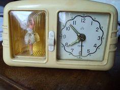 bakelite Peter alarm clock and ballerina music box Vintage Clocks, Vintage Vases, Vintage Items, Ballerina Room, Music Box Ballerina, Atomic Time, Retro Alarm Clock, Retro Bedrooms, Modern Clock