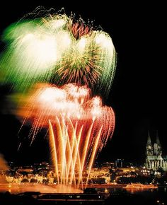 Kölner Lichter, the yearly fireworks that is ignited from ships on the Rhine.