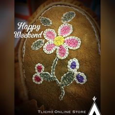 Happy weekend everyone! Happy Weekend, Bead Crafts, Stay Warm, Beads, Design, O Beads, Beading, Beaded Crafts