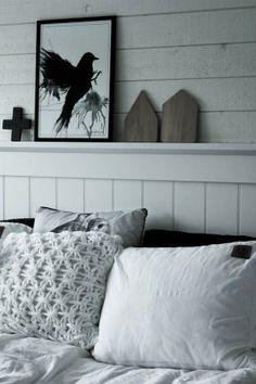 svart, vitt & rött: Mer sovrum!