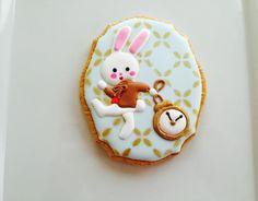 White Rabbit- Alice in wonderland | Cookie Connection