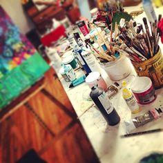 artist-studio-painting-michelle-allen-designs