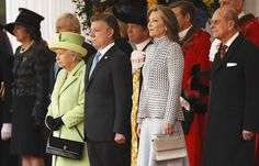 Queen Elizabeth meets Colombia's President Juan Manuel Santos and Colombia's First Lady Maria Clemencia Rodriguez