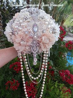 """Custom Cascade Style Brooch Bouquet - $599 FULL PRICE IS $599, DEPOSIT IS $399, BALANCE $200 @# COMPLETION This is a Custom Made 9.5"""" (27"""" in circumference, 12"""" in length to handle, no draping)Brooch"""