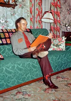 """""""Leslie, 28 Feb. 1952."""" Visiting the abode of Grace and Hubert, whose low-key decor whispers of subdued scarlets and tentative teals."""