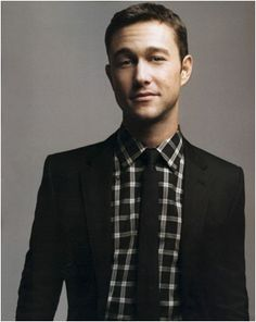 Joseph Gordon Levitt looks dapper in tartan. Get the look with the #BarIII Carnaby Collection