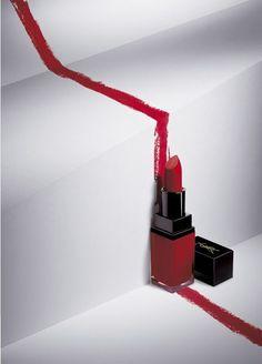 Red lipstick — Art Direction #fashion #ambience #styling