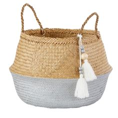 Two-Tone Plant Fibre Collapsible Basket with Pom Poms on Maisons du Monde. Take your pick from our furniture and accessories and be inspired! Ikea Basket, Sun Lounger Cushions, Blanket Basket, Belly Basket, Trunks And Chests, Plant Fibres, Quilted Bedspreads, Basket Decoration, Baby Decor