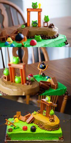 Angry Birds Birthday Cake!