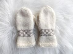 Tova barnevotter Mittens, Knitting, Winter, Fashion, Fingerless Mitts, Winter Time, Moda, Tricot, Fashion Styles