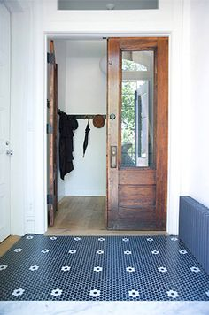 Entryway of townhouse designed by Elizabeth Roberts, Brooklyn NY // via desire to inspire