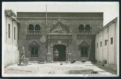 Fotografía antigua: Larache. Ejercito español en Larache. Actual Marruecos. Edificio oficial. 1942 - Foto 2 - 44408622