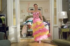 27 Dresses - Katherine Heigl in one of the bridesmaid dresses #27dresses #katherineheigl #moviefashion #2008movies #2008