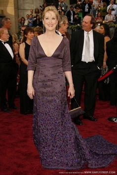 9d4d7677620c12 Pin for Later  Meryl Streep Has Basically Always Been the Best Thing About  the Oscars 2006 Meryl looked gorgeous in a low-cut purple gown in