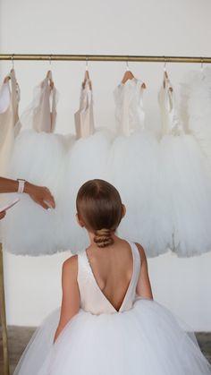 Toddler Girl Dresses, Girls Dresses, Flower Girl Dresses, Birthday Girl Dress, Birthday Dresses, African Wedding Dress, Wedding Dresses, Minimalist Dresses, Communion Dresses