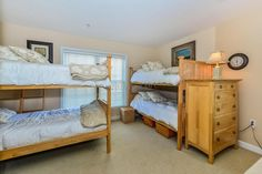 Perfect sleeping nook for guests of all ages! Check out this listing! 10050 Golf Course Rd 20, Ocean City, MD 21842 Maryland & Delaware Beach Real Estate