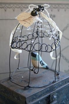 artful thursdays #17.....wire bird cage tutorial