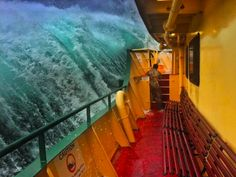 Deckhand captures staggering ferry wave picture Fast-fingered Haig Gilchrist was working on the Manly ferry in Sydney Harbour, Australia, when a massive wave threatened to swamp the boat. 'Great day to be working'»