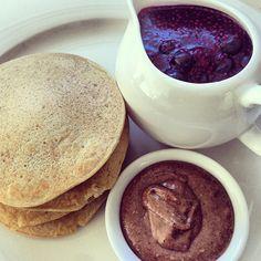 Quinoa vanilla pancakes. Emma Lauren Food Blog.