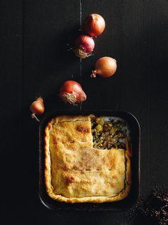 Κρεμμυδόπιτα νηστίσιμη Savory Muffins, Good Food, Yummy Food, Group Meals, Greek Recipes, Bon Appetit, Allrecipes, Kai, Food Porn