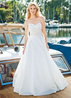 Cleveland area bridal shop featuring designer wedding dresses and bridesmaids dresses by designers such as Anne Barge, Hayley Page, Lea-Ann Belter, Martina Liana, and more at Brides by the Falls. Wedding Dresses Photos, Used Wedding Dresses, Designer Wedding Dresses, Bridal Dresses, Wedding Gowns, Bridal Fashion Week, Bridal Collection, Bridal Style, Ball Gowns