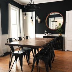 Love everything about this dark dining room dining rooms Dining Room Dining Room Walls, Dining Room Design, Living Room Decor, Black And White Dining Room, Minimalist Dining Room, Dining Room Inspiration, Black Walls, Home Remodeling, Decoration