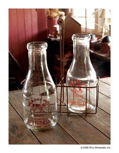 25739 - Vintage Milk Bottles Carrier Set