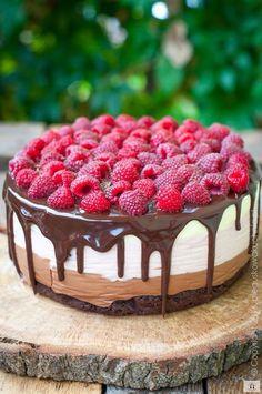 Chocolate cake z malinami Sweet Recipes, Cake Recipes, Dessert Recipes, No Cook Desserts, Healthy Desserts, Bakery Business, Cheesecake Cake, Cool Birthday Cakes, Polish Recipes