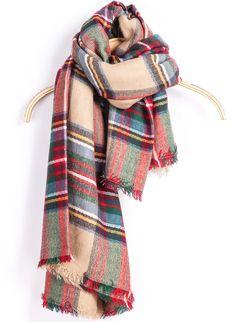 Pretty plaid blanket scarf #FallFaves
