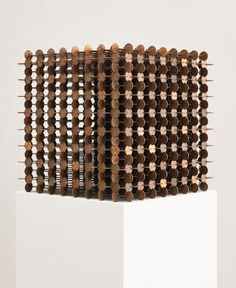 """American artist Robert Wechsler has realized a series of sculptural cubes made from thousands of pennies titled """"The Mendicant"""". Cubes achieved by notching and Coin Display, Coin Art, Copper Penny, Geometric Form, Science Art, Art Object, Installation Art, Decorative Items, Contemporary Art"""