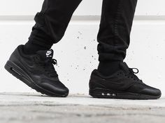 Nike ID Air Max 1 (by pata_negra_sneakers)