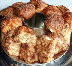 Fotorecept: Škoricová dobrotka - Výborna škoricová dobrotka. Sweet Desserts, Dessert Recipes, French Toast, Ale, Food And Drink, Menu, Treats, Breakfast, Cookies