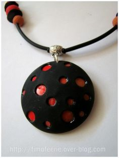 "Polymer Clay ""Dots"" Pendant Tutorial (french, lots of pictures)"