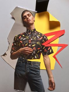 Spanish designer Krizia Robustella has no limits!This time presents a new capsule collection in collaboration with artist Lauro Samblás to create amazing uniforms for THE DOG IS HOT, a chain of Hot Dog restaurants.... »