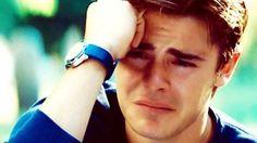 Lelaki susah nak menangis?