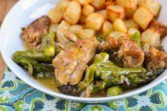 Slimming Eats Chicken and Asparagus Bake - gluten free, dairy free, paleo, Whole30, Slimming World (SP) and Weight Watchers friendly