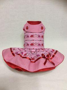 He encontrado este interesante anuncio de Etsy en https://www.etsy.com/es/listing/489904984/errores-de-amor-san-valentin-vestido-de