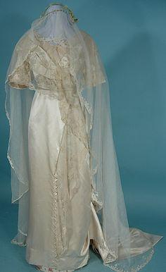 June 3, 1912 Wedding Gown and Silk Net Veil of GLADYS ELIZABETH ALDERMAN (married to Henry B. Deisel Jr. of the Deisel-Wemmer Cigar Co)! And Photo
