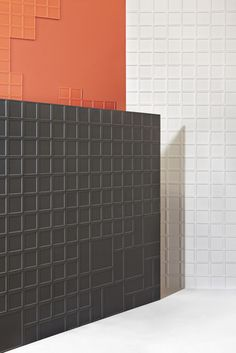 Inspired by chocolate bars, in its texture, production process and how these melt down with heat, MUT Design's Onza ceramic tiles collection for Harmony wants to be the most minimalist and conceptual design devised.