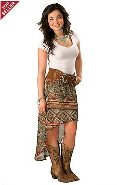 Looking for the most flattering women's western wear around? Cavender's carries the leading brands in cowgirl clothing and ladies western wear for work and play. Country Girl Outfits, Country Fashion, Western Outfits, Country Girls, Outfits With Cowgirl Boots, Country Dresses, Western Boots, Night Outfits, Spring Outfits