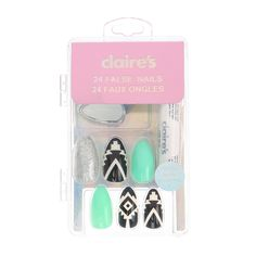 P Go bold with nail style with this chic set of false nails Designs include silver glitter solid mint and black and white Aztec print P - UL - LI Set of 24 nails in various sizes - LI Spiked shape - LI Includes nail glue LI UL Claire's Fake Nails, Fake Nails French, Claire's Nails, Fake Nails For Kids, Glue On Nails, Jamberry Nails, Swag Nails, Cute Nails, Pretty Nails