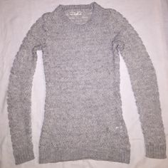 If It Were Me cozy sweater sz small Light gray and white cozy sweater. Smoke free home! Excellent condition. If It Were Me Sweaters Crew & Scoop Necks