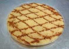 Mmmm... my hubby would love if I made this for him.  I will have to surprise him one day :) Portuguese Sweet Pasta (Aletria)