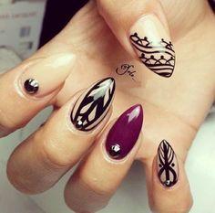 Fantastycznie zdobione paznokcie