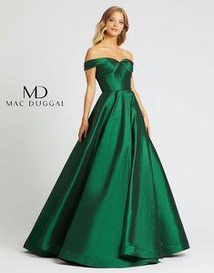 Pagent Dresses, 15 Dresses, Jovani Dresses, Dresses Online, Pretty Dresses, Beautiful Dresses, Off Shoulder Ball Gown, Shoulder Dress, Evening Dresses Plus Size