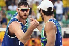 A sexta-feira chega especial com mais um ouro para o Brasil!  Com chuva garra e emoção Alison e Bruno Schmidt do vôlei de praia conquistam o lugar mais alto do pódio!  Por um dia incrível repleto de novas possibilidades!  #FhitsRio #BigBang #olympikus #OlympikusVolei