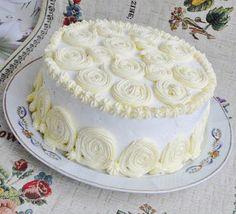 Receptek, és hasznos cikkek oldala: Mámorító tejszínkrémtorta, nagyon könnyű recept, bámulatos íz! White Cakes, Yams, Cakes And More, Vanilla Cake, Cocoa, Cake Decorating, Clean Eating, Birthday Cake, Candy