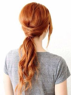 Dyeing your hair in a natural red hair color? Then regardless which red hair dye color you choose, Healthy looking and shiny hair will let the red pigment. Holiday Hairstyles, Ponytail Hairstyles, Pretty Hairstyles, Simple Hairstyles, Hairstyle Ideas, Classic Hairstyles, Hair Ideas, Dance Hairstyles, Step Hairstyle
